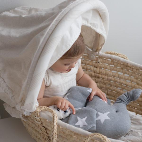 Baby's Only elefantti on paitsi pehmoinen uni- ja leikkikaveri, mutta se on myös kaunis koriste vauvanhuoneeseen!