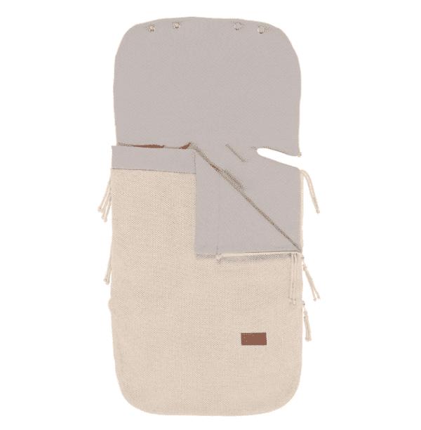 Lämpöpussin käytön etuja on helppous - esimerkiksi kauppaan mennessä vauvalle ei tarvitse pukea ulkovaatteita lainkaan. Vauvan saa matkaan mukaan nopeasti pelkissä sisävaatteissa, koleimmilla säillä laitaan vielä pipo päähän. Kaupassa pussin vetoketjun voi kätevästi avata, ettei vauvalle tule ostosten teonaikana kuuma.
