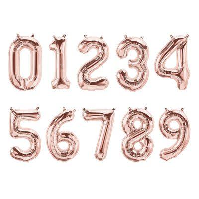 Puhallettavat ruusukultaiset folioilmapallot, numerot 0-9. Upeat, korkeat numerot, joista voit muodostaa lapsen iän banneriksi koristamaan juhlapäivää! Puhalla pallot täyteen ja ripusta helposti roikkumaan valmiista pienistä rei'istä.