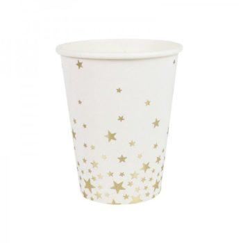 Ginger Ray valkoiset paperimukit kultaisilla tähdillä Näissä paperimukeissa on kultaisia pieniä tähtiä valkoisella pohjalla. Mukit tuovat juhlapöytään välittömästi tyylikästä tunnelmaa ja siivous sujuu helposti juhlien jälkeen! Samasta sarjasta löydät myös mukeihin yhteensopivat lautaset ja servetit!