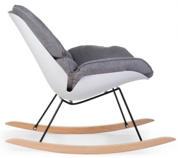 Childhome Rocking Lounge moderni keinutuoli, harmaa Vauvat nukahtavat yleensä helposti heijaavaan liikkeeseen ja tässä skandinaaviseen tyyliin sopivassa keinutuolissa voit keinutella levottoman vauvan sylissäsi uneen. Keinutuolissa on myös mukava imettää vauvaa. Moderni keinutuoli näyttää todella hyvältä sekä vauvanhuoneen nurkassa että olohuoneessa!