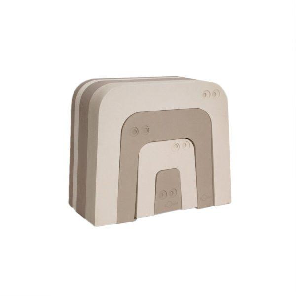 Beigestä bObles Muurahaiskarhusta on iloa monenikäisille lapsille! Tämä temppuhuonekalu kannustaa lasta liikkumaan luonnollisesti myös sisätiloissa. Pehmeät liikuntahuonekalut eivät jätä jälkiä lattiaan.