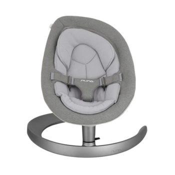 Sitteri on monessa perheessä aivan ehdoton hankinta vauvalle: välillä äidin ja isän kädet on vain saatava vapaaksi. Kodin pieni siivous, ruuanlaitto tai duploilla rakentaminen esikoisen kanssa eivät aina onnistu sillä aikaa, kun vauva nukkuu. Toiset vauvat ovat levottomia eivätkä nuku päivisin juuri lainkaan, joissakin tilanteissa vauva nukkuu parhaiten sylissä. Kun vauvalla on oma turvallinen ja tyynnyttävä paikka, josta hän voi seurata muun perheen touhuja, vauva viihtyy hyvin hetken aikaa tyytyväisenä.