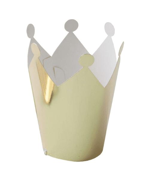 Ginger Ray Party Crown setti, kultaiset kruunut Upeassa kultaisessa Party Crown setissä on 5 pientä kruunua, joissa on joustavat kuminauhat. Nämä kruunut ovat ihana lisä prinsessajuhliin ja ilahduttavat etenkin pientä juhlaväkeä!