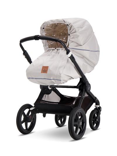 Ajattoman tyylikkääksi suunniteltu Baby Wallaby sadesuoja pitää vauvan turvassa säävaihteluilta sateisella säällä ja lumen tuiskuttaessa. Loskaisella & kuraisella kelillä sadesuoja pitää myös vaunut ulkopuolelta puhtaampana: kotona sadesuoja on kätevä huuhtaista, eikä koko vaunuja tarvitse kuurata.