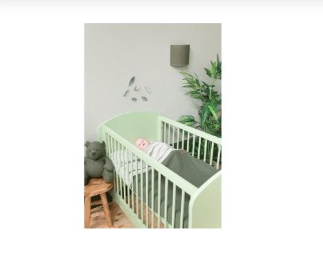 Baby's Only seinälamppu Classic helmenharmaa Tyylikästä valaistusta vauvanhuoneen seinään. Lampunvarjostimessa on neulottu, sileä pinta.