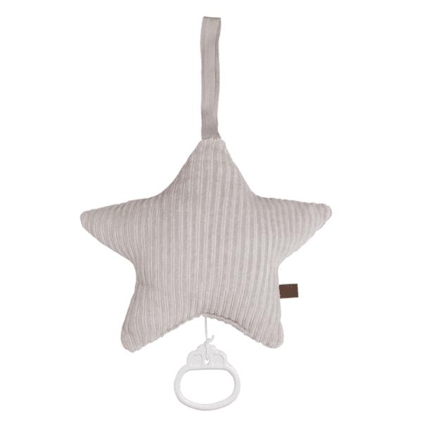 """Baby's Only pehmeä Sense tähtisoittorasia on suloinen lisä vauvan pinnasänkyyn. Soittorasia on tähdenmuotoinen ja pehmeää samettikangasta. Kun vedät narusta, soittorasia soittaa kauniin """"Tuiki tuiki tähtönen"""" - melodian. Ylhäällä olevan lenkin ansiosta soittorasia on helppo kiinnittää vauvan viihdykkeeksi myös esimerkiksi vaipanvaihtopisteeseen."""