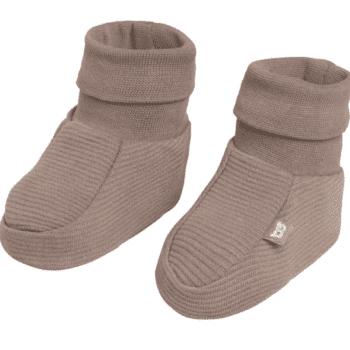 Baby's Only vauvan töppöset, sävy Mocha Joustavaa ja pehmeää luomupuuvillaa olevat tossut pitävät pienet varpaat lämpöisenä! Tossujen varsi on kapeampi, jotta tossut pysyvät hyvin jalassa, mutta tarpeeksi joustava, jotta tossut saa helposti vauvan jalkaan.